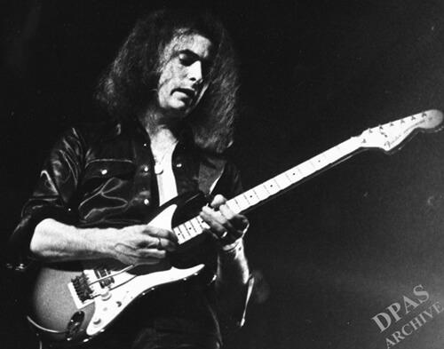このイメージ画像は、このサイト記事「ディープ・パープル|Deep Purple ソルジャー・オブ・フォーチュン おすすめ音楽YouTube人気動画まとめ」のアイキャッチ画像として利用しています。