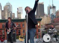 このイメージ画像は、このサイト記事「Bon Jovi|ボン・ジョヴィ ウィー・ワーント・ボーン・トゥ・フォロー おすすめ音楽YouTube人気動画まとめ」のアイキャッチ画像として利用しています。