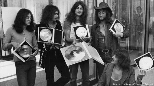 このイメージ画像は、このサイト記事「ディープ・パープル|Deep Purple 公式おすすめYouTube&歴代人気動画ランキング」のアイキャッチ画像として利用しています。