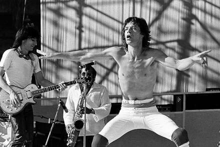 このイメージ画像は、このサイト記事「ローリング・ストーンズ The Rolling Stones タイム・イズ・オン・マイ・サイド おすすめ音楽YouTube人気動画まとめ」のアイキャッチ画像として利用しています。