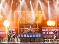 このイメージ画像は、このサイト記事「おすすめ『KISS Live まとめ』 ネットで話題 YouTube無料動画ご紹介!」のアイキャッチ画像として利用しています。