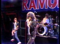 このイメージ画像は、このサイト記事「おすすめ『Ramones The KKK took my baby away まとめ』 ネットで話題 YouTube無料動画ご紹介!」のアイキャッチ画像として利用しています。