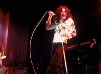 このイメージ画像は、このサイト記事「ディープ・パープル|Deep Purple バーン 紫の炎 おすすめ音楽YouTube人気動画まとめ」のアイキャッチ画像として利用しています。